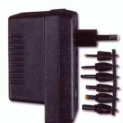 Napáječ 230V/3 - 12V DC stabilizovaný, 560mA - universální